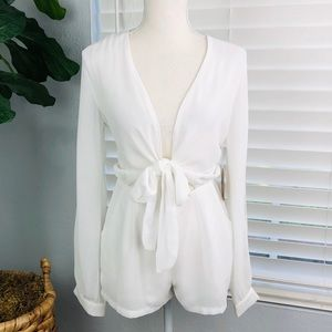 NWT COTTON CANDY WHITE FRONT BOW ROMPER